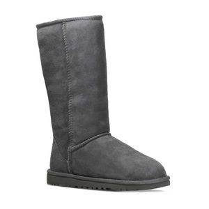 UGG Classic Tall Grey Suede Boots Fur Lined Size 6